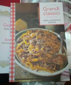 """Libro """"Grandi Classici della tradizione italiana"""" in cui è presente la mia ricetta """"lagane e ceci"""""""