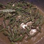 Spaghetti aglio, olio, peperoncino e asparagi selvatci